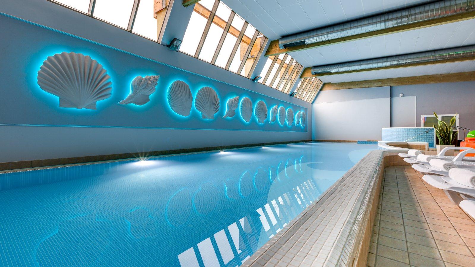 Hotell Aurora pool